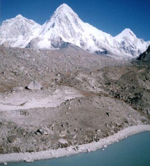 Pumori and Khumbu Glacier from Lingtern Pokhari on descent from Kongma La