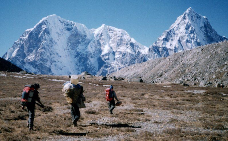 Taboche and Cholatse on approach to Khumbu Glacier on descent from Kongma La