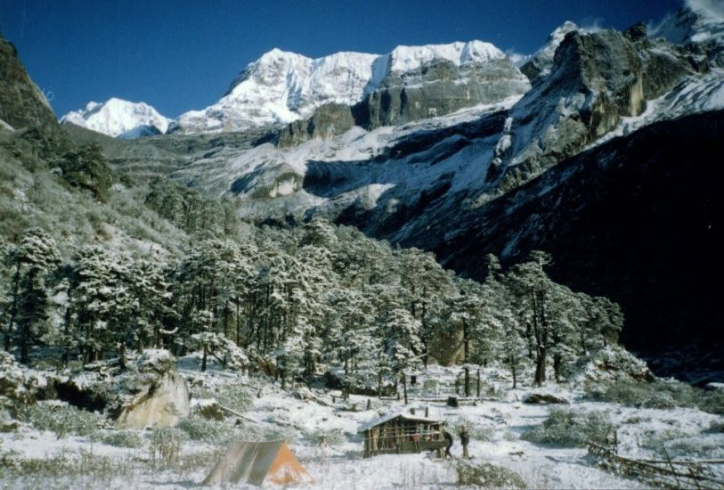 Camp at Nehe Karkha in the Barun Valley