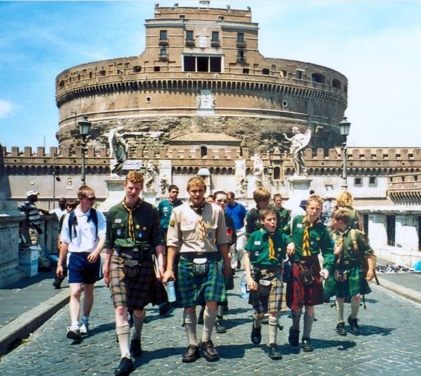 Members of 24th Glasgow ( Bearsden ) Scout Group in Rome