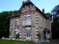 http://www.loire-valley-holidays-jp-chalons.com