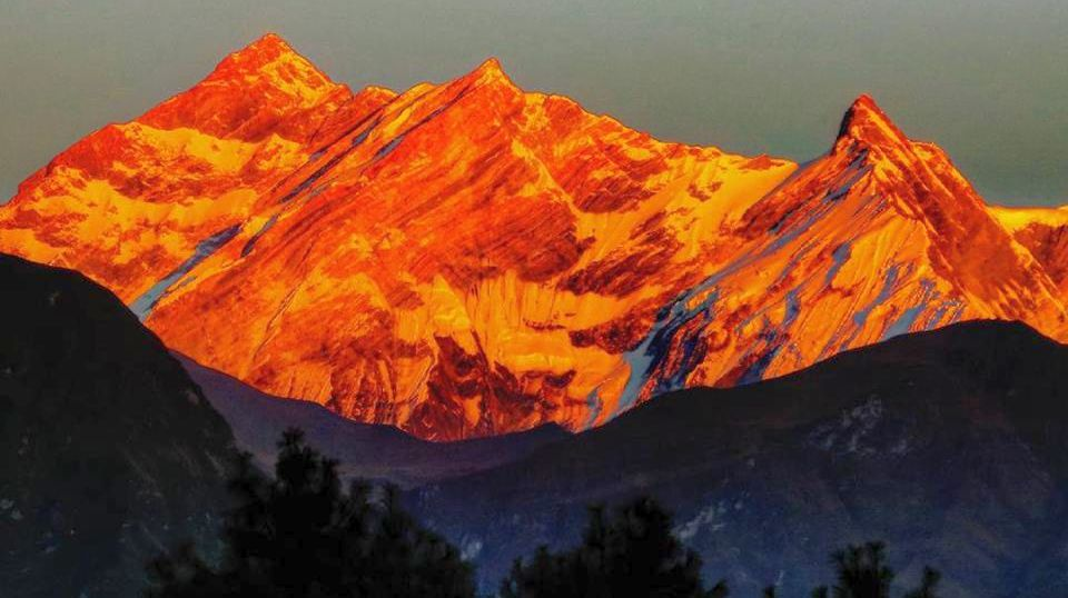 Sunset on Annapurna I, Fang ( Baraha Shikhar ) and Annapurna South from the West