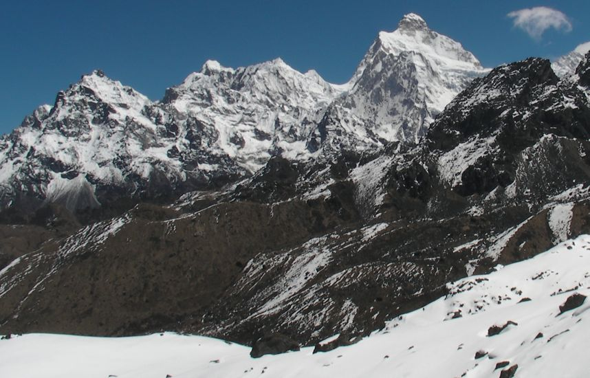 Sinian La with Mount Jannu ( Khumbakharna ) on route from Yalung to Ghunsa