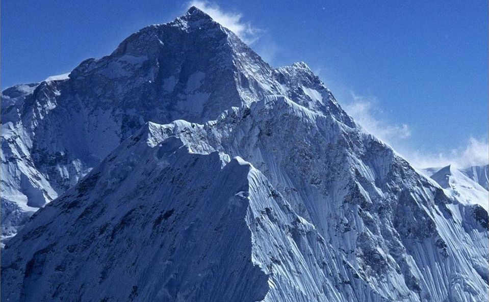 Baruntse and Mount Makalu