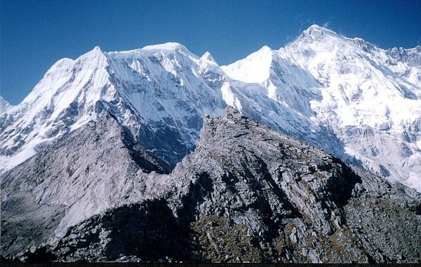Photo Gallery of Mount Cho Oyu - the sixth highest mountain in the world