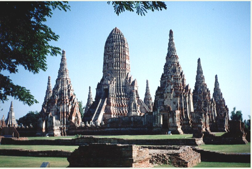 Photo Gallery of Ayutthaya historical city in Northern Thailand