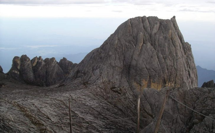 Summit of Mount Kinabalu ( 4101 metres ) in Sabah, East Malaysia - the highest mountain in SE Asia