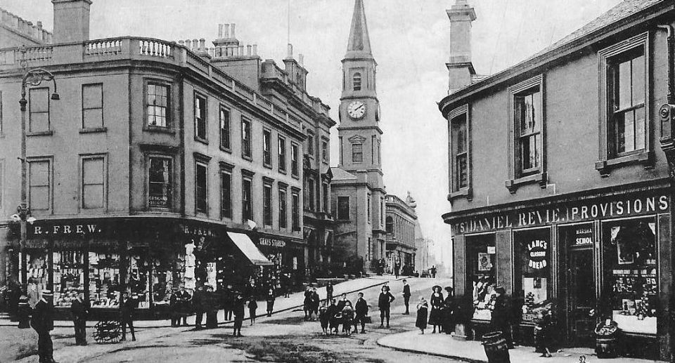 Photographs and map of Airdrie: Clock Tower, Town Centre ... on map east lothian scotland, excelsior stadium, airdrie public library, lanark high church glasgow scotland, map of airdrie alberta, map of glasgow ky, airdrie-bathgate rail link, airdrie and shotts, airdrie public observatory, airdrie lanarkshire scotland,