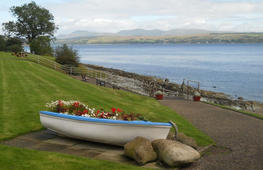 Holy Loch Scotland Map.Photographs And Map Of A Coastal Walk From Dunoon To Sandbank On The