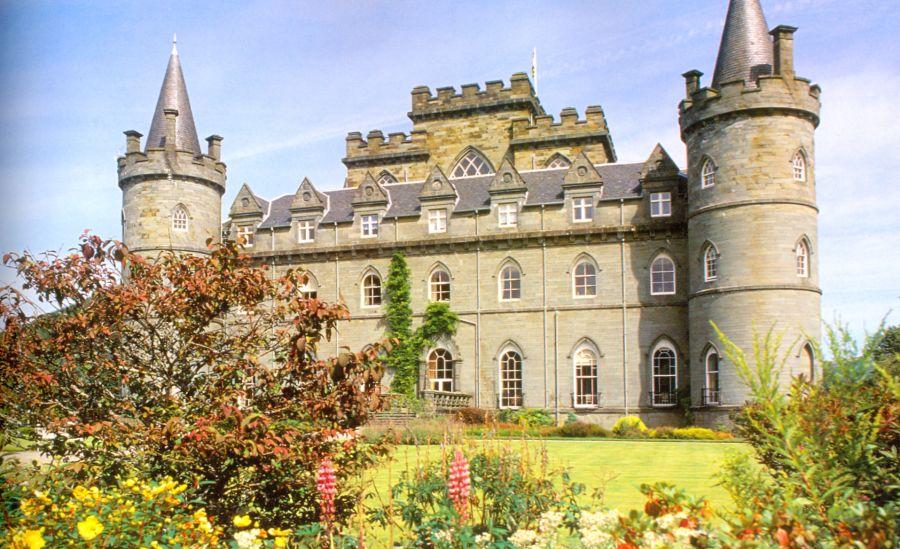 замок ликлихед шотландия фото моральными принципами