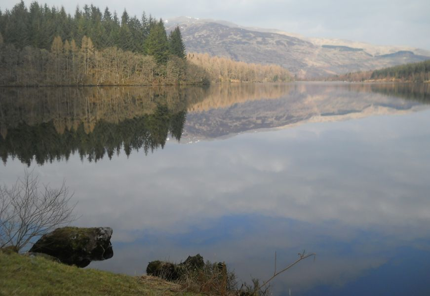 Photographs and map of a three loch ( Reoidhte, Drunkie